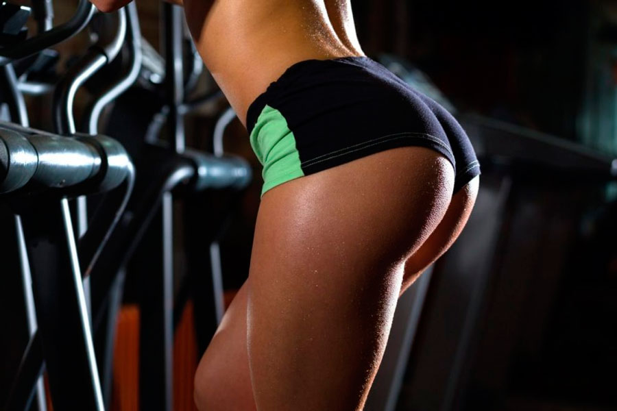 TOP 7 – exercises on the buttocks for girls in the gym